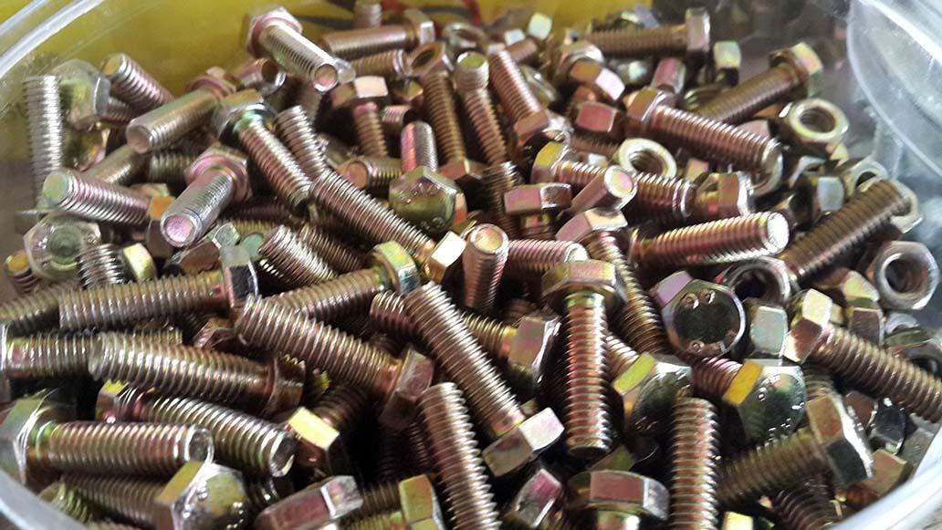 Baut Mur Kuning 6x20 (2cm) Kunci 10