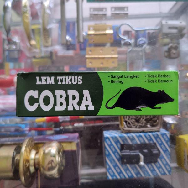 Lem Tikus cap Cobra