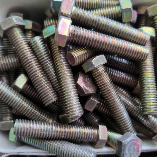Baut Mur Kuning 8x40 Kunci 12